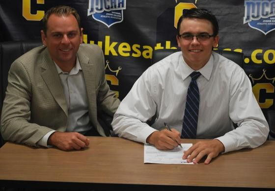 Baseball's Caregnato Signs National Letter of Intent - Cumberland ...