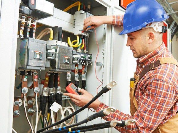 General Responsibilities and Required An Electrical Contractor ...