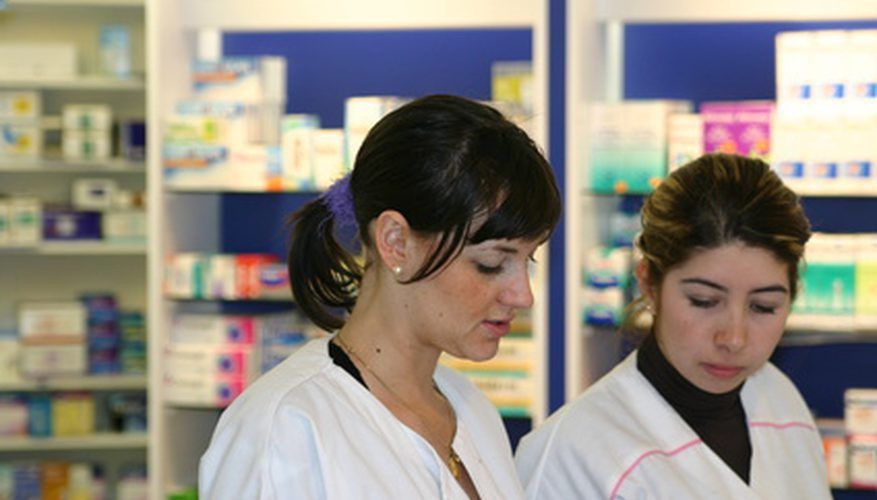 Salary of Certified Pharmacy Technician | Bizfluent