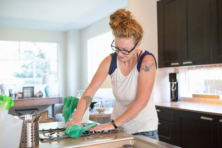 The Pros and Cons of Starting a Green Cleaning Business