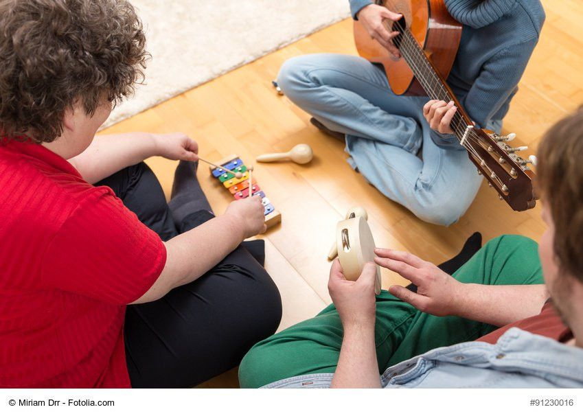 How to Become a Music Therapist | Job Description & Salary