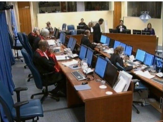 Mladic Ballistic Expert Concludes Testimony | DETEKTOR.BA