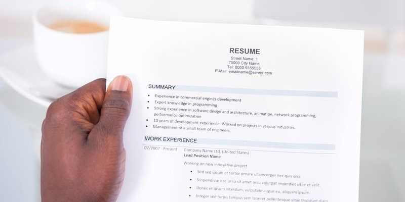 Hiring managers only look at a résumé for a few seconds — here's ...