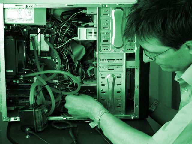 Desktop Support Engineer Jobs and Salary   ToughNickel