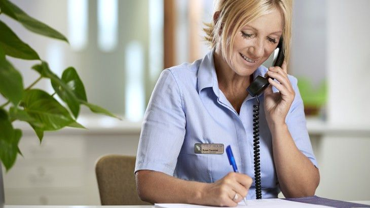Image Gallery hospital receptionist