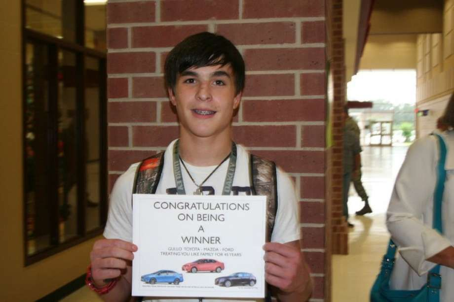 Porter High School Student wins new car from Gullo Dealership ...