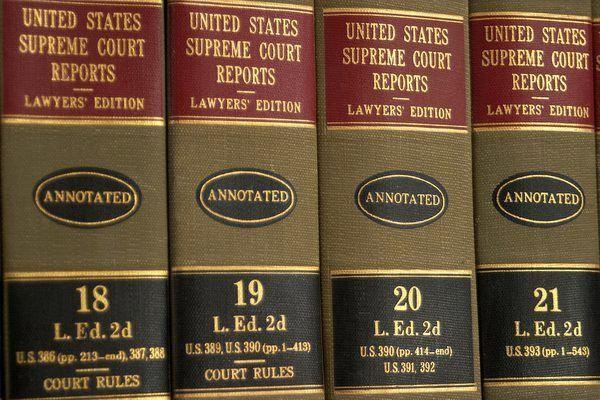 Job Description for a Criminal Lawyer - Woman