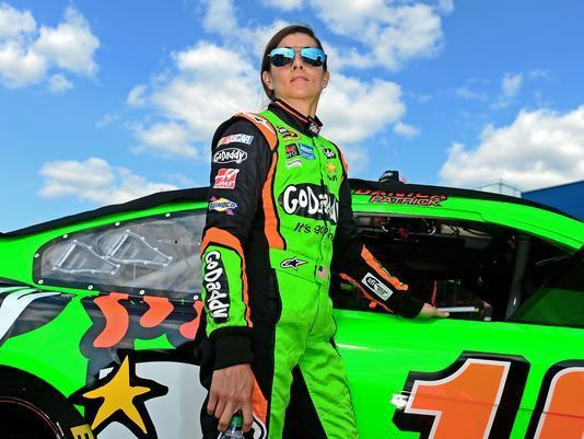 Danica Patrick losing GoDaddy sponsorship in 2016