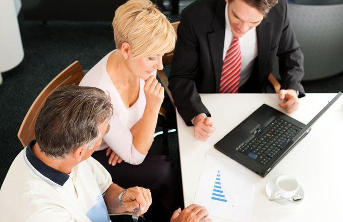 Financial Advisor Salary | Investopedia