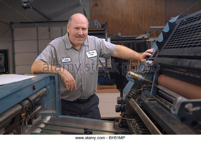 Machine Operator Printing Stock Photos & Machine Operator Printing ...