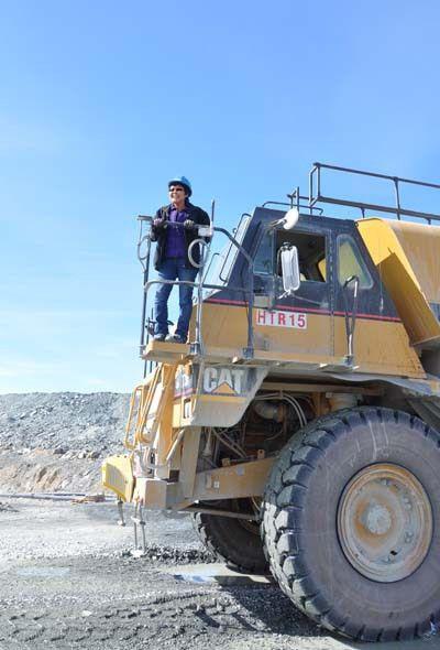 NunatsiaqOnline 2014-06-25: NEWS: Nunavut women drive toward their ...