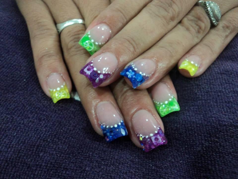 8fe2dfad73f85c65e2397a4bbf9e3c00 - aplicacion de uñas de acrilico mejores equipos