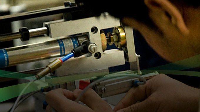 Electro Mechanical Engineering Technician - Robotics