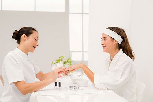 Cosmetology Jobs, Cosmetology Careers & Become a Cosmetologist