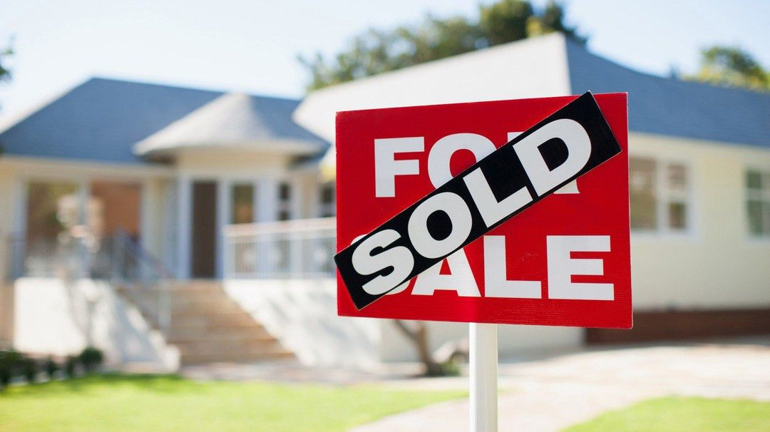 How To Sell Your House Myhousale Tips For Selling Home Despite ...