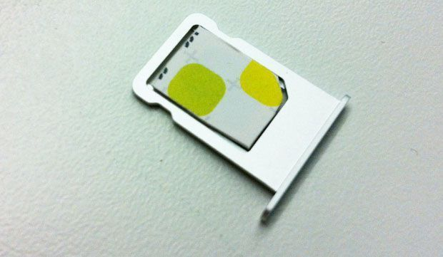 How to trim your SIM to iPhone 5 nano-SIM size - CNET