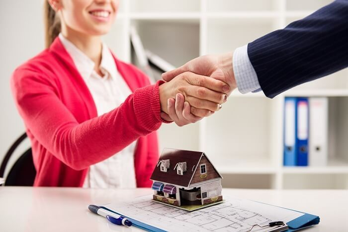 What Is a Mortgage Broker and Their Main Responsibilities