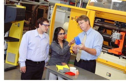 Plastics Engineer and Plastics Technician Career Information ...