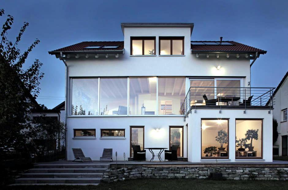 White house with large windows | Interior Design Ideas - Ofdesign