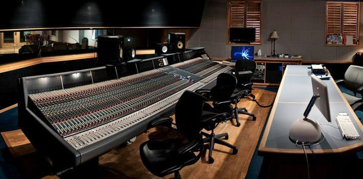 Audio Engineering Technology - Curb College of Entertainment and ...