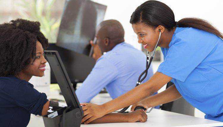 List of Jobs That a Medical Assistant Can Do | Career Trend