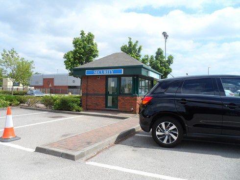 Reception and Gatehouse Duties : Senturian Security Ltd