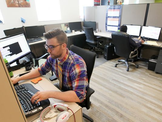 How cash-strapped Iowa startups are snaring tech talent