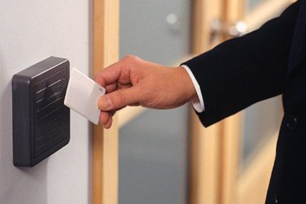 Mobile Garage Door Experts | Door Specialist