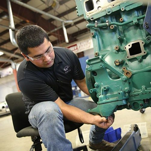 Diesel Mechanic School & Repair Programs | WyoTech