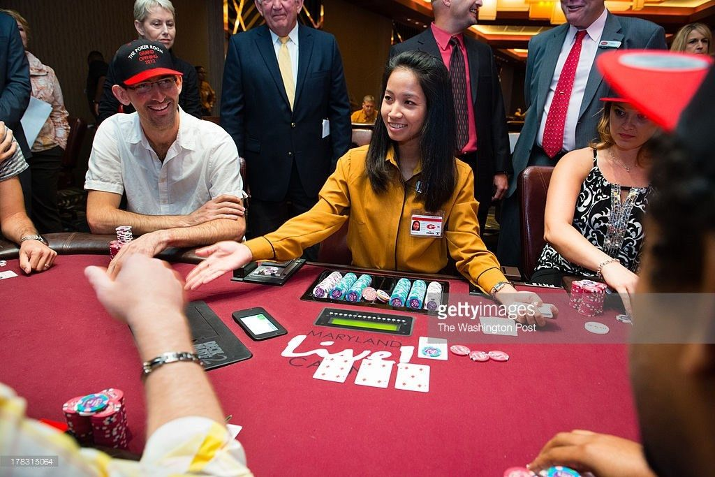 Square Poker Table Stock Photos and Pictures | Getty Images