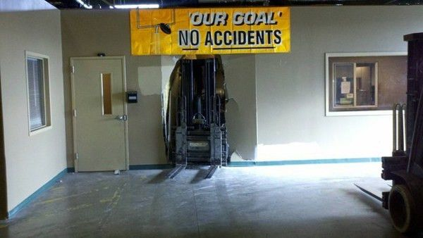 31 Hilarious Examples Of Irony - These Ironic Photos Are The Best