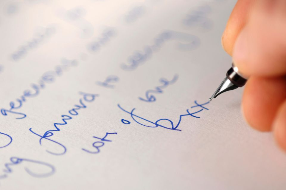 How to Write a Love Letter and Be Romantic