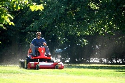 Lawn Care Services - Lee County, FL - Kross Inspectors