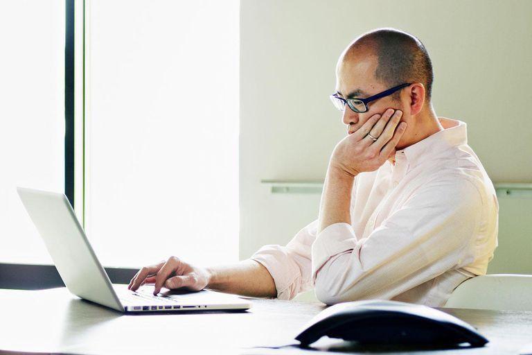 Insurance Underwriter Job Description, Salary and Skills