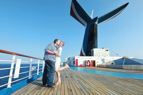 7 Reasons to Book a Private Photo Session - Cruise Radio