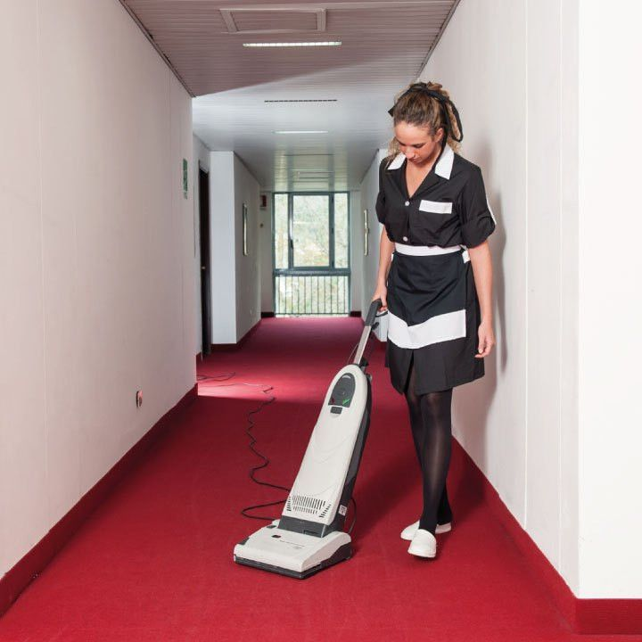 Professional Cleaning Service | Restaurant | Hotel | Pub | ROSCA