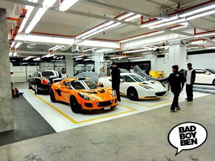 AUTO DETAILER – THE MOST AWESOME CAR DETAILING WORKSHOP IN ...