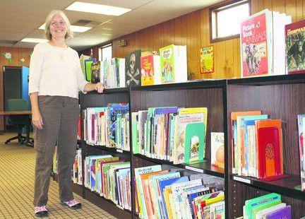 Hopkins welcomes new head librarian | MLive.com