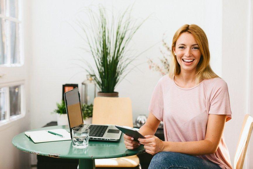 Relationship Manager Job Description Template | ZipRecruiter