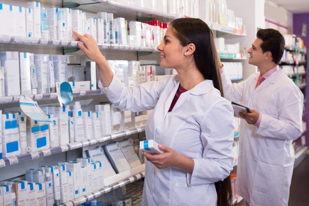 10 Best Online Pharmacy Technician Training Programs of 2017
