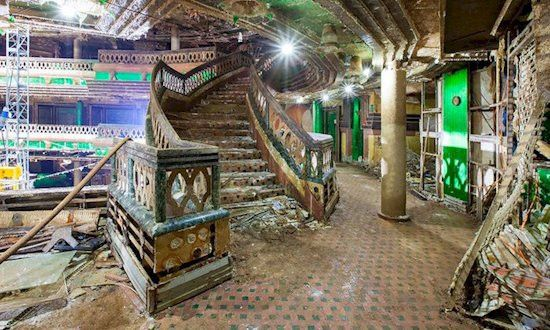 This Famous Abandoned Cruise Ship Was Boarded By A Photographer ...