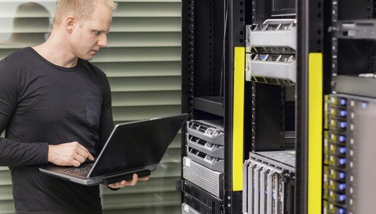 Network Engineer vs. Network Administrator | Career Trend