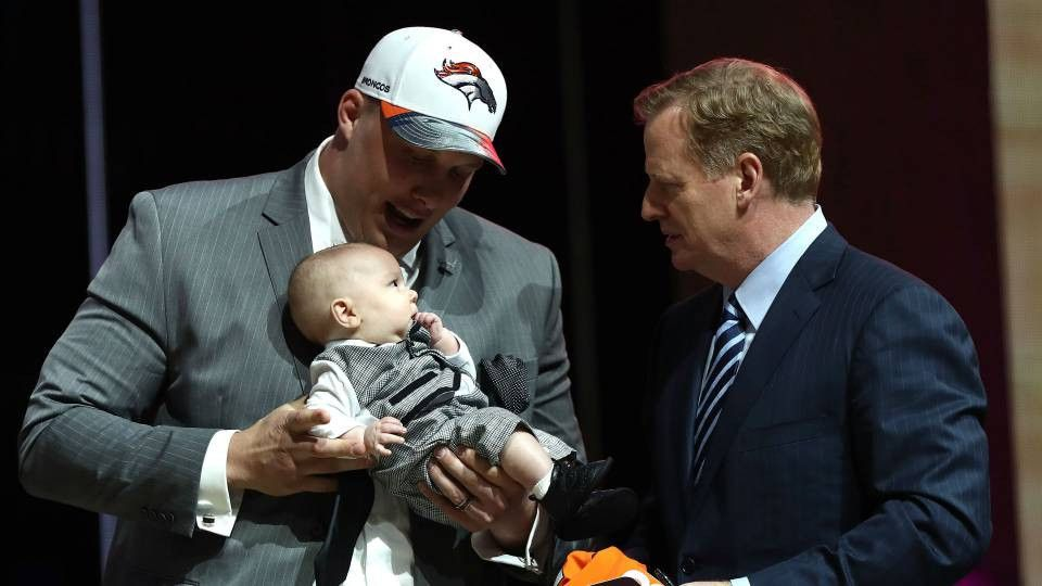 NFL Draft 2017: Broncos' No. 1 pick Garett Bolles has baby on ...