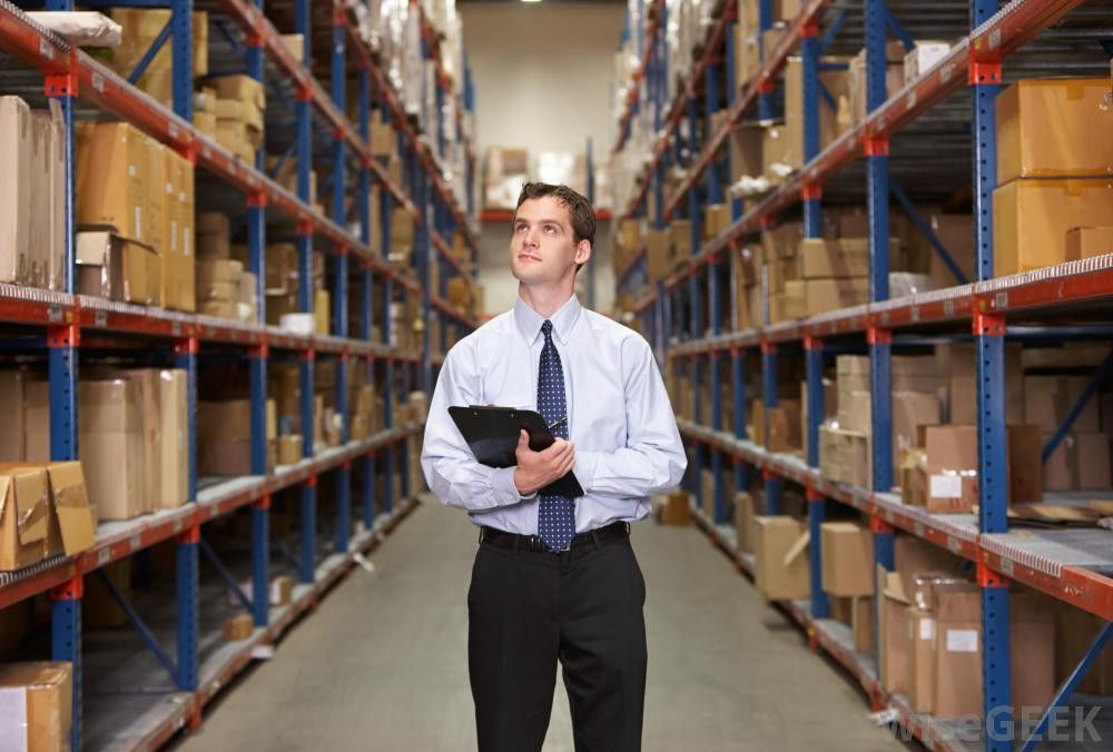 What Does an Inventory Management Specialist Do?