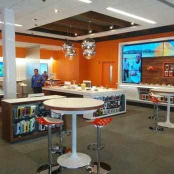 AT&T - Mobile Phones - 620 West Dekalb Pike, King Of Prussia, PA ...