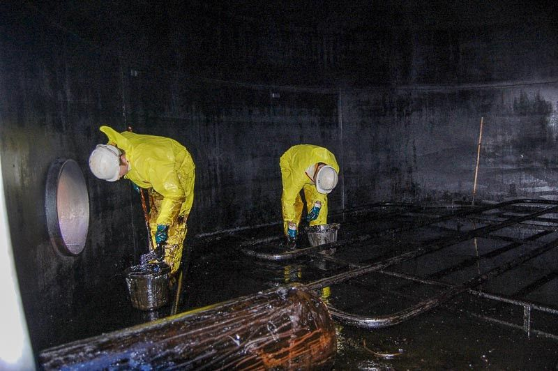 Industrial Oil Tank Cleaning - DP Fuel Tank Services