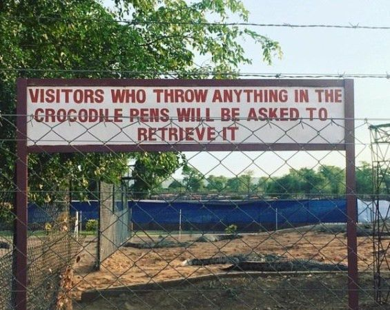 See This Hilarious Warning A Zoo Management Issued To Visitors ...