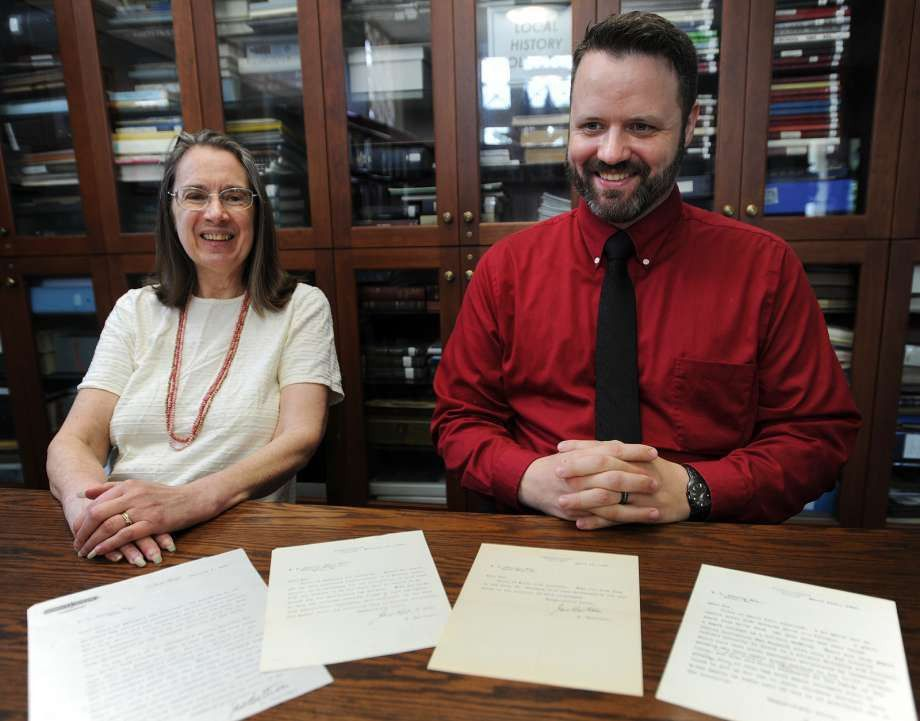 Victorian-era libraries thrive in digital age - Connecticut Post