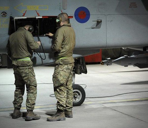 RAF Recruitment | Aircraft Technician (Mechanical)