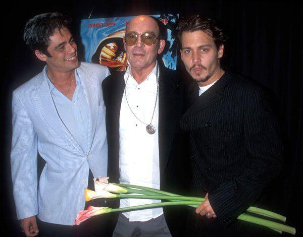 """Benicio Del Toro, Hunter S. Thompson, and Johnny Depp at the """"Fear ..."""